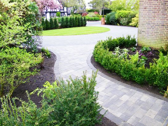 9 best images about driveway front on pinterest raised for Paved front garden designs