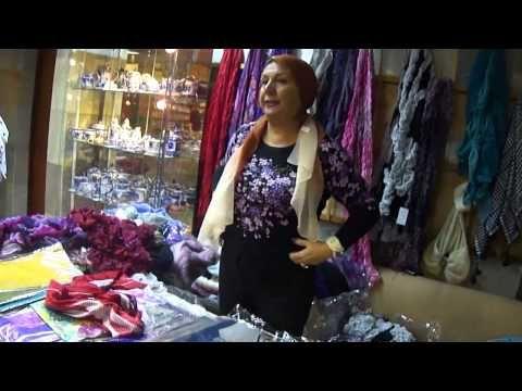 Как красиво завязать шарф, косынку, палантин - YouTube