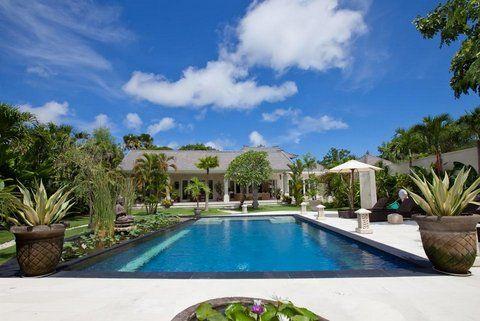 Luxury Villa Bintang Nusa Dua Bali private tropical pool