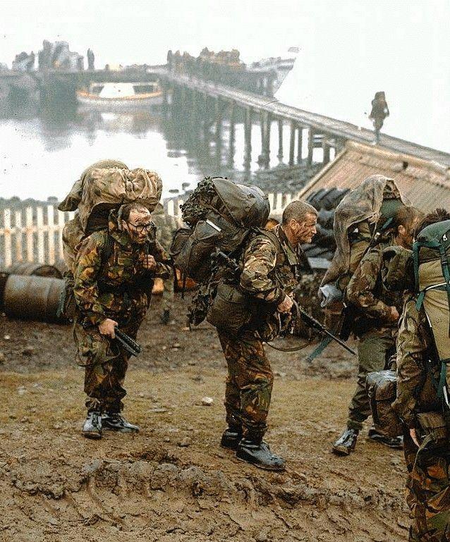 22 Photographs of the Falklands War