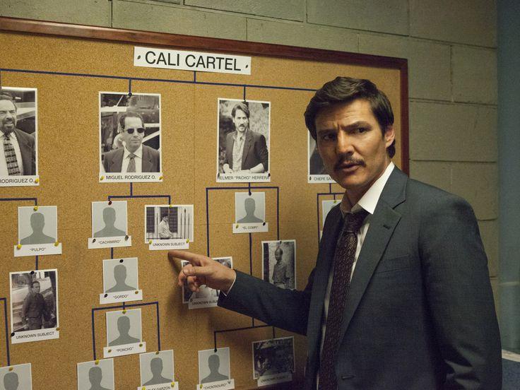 """Das Netflix-Drama """"Narcos"""" hat womöglich bereits ein Menschenleben gekostet. Pedro Pascal will nicht das zweite Opfer sein. Vor wenigen Tagen wurde Carlos Muñoz, ein Location-Scout für die Netflix-Serie """"Narcos"""", auf der Suche nach geeigneten Drehorten für das..."""