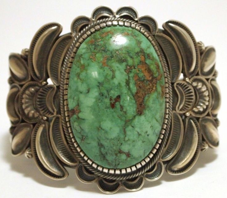Old Pawn Navajo Green Fox Turquoise Sterling Silver Cuff Bracelet - Kirk Smith  this would go really go with a cowgirl outfit.