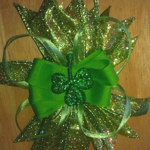 My daughter is making and selling these bows.