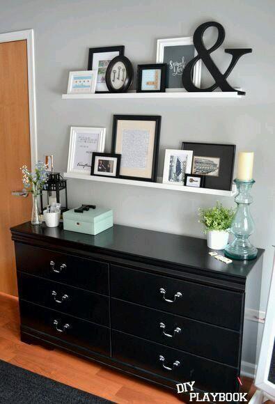 Repisas para colocar cuadros decorativos