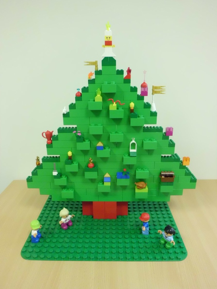 Make a Lego Xmas tree!