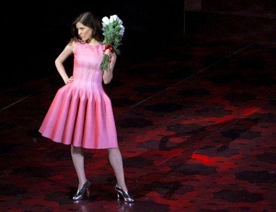 В 2013 году Аззедин Алайя создал сценические костюмы для оперы «Женитьба Фигаро»