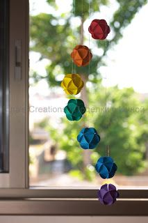 Inna's Creations: How to make paper ball ornaments