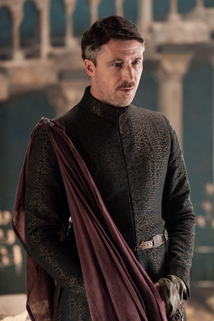 Influenced by the Nehru Jacket, Lord Baelish looks dapper in this robe. The shawl (or dupatta) and broach only add to the look.