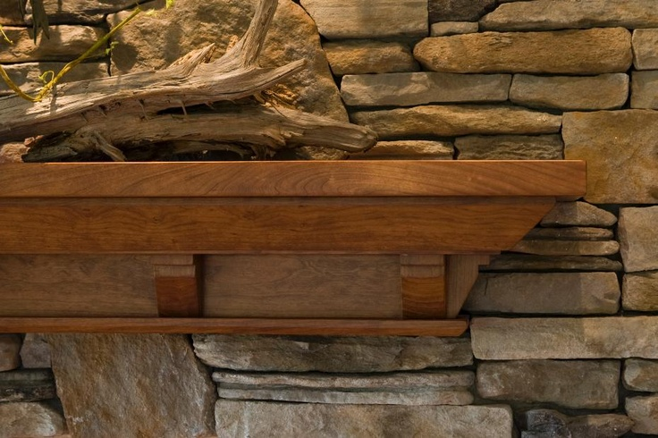 Craftsman detailing on rustic fireplace mantel rustic for Frank lloyd wright craftsman