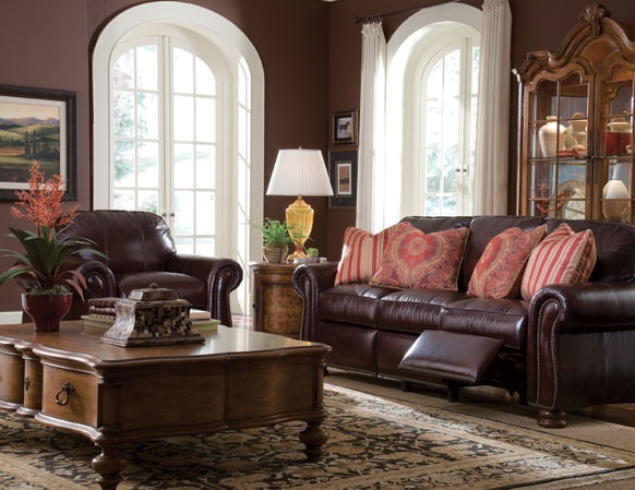 Thomasville Benjamin Leather Motion Sofa