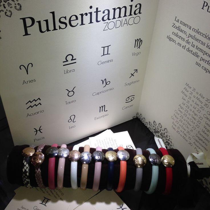 #Pulseras #personalizadas del #zodiaco en plata y pequeño #diamante. Correa de #piel.  #jewelry #skin #trends #fashion