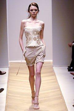 Akris Spring 2005 Ready-to-Wear Fashion Show - Ana Nocon