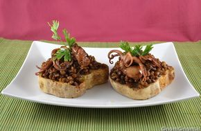 Scopri la ricetta di: Bruschette con lenticchie e polipetti