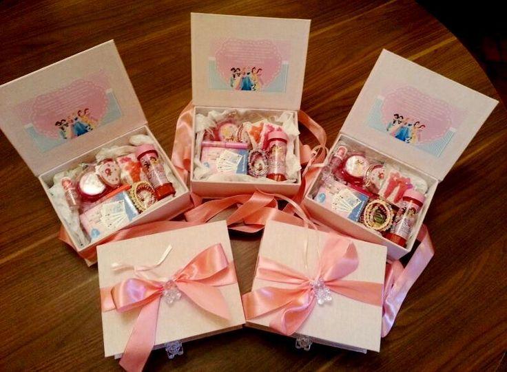 Convite princesas para daminha - Imagens encontradas no google
