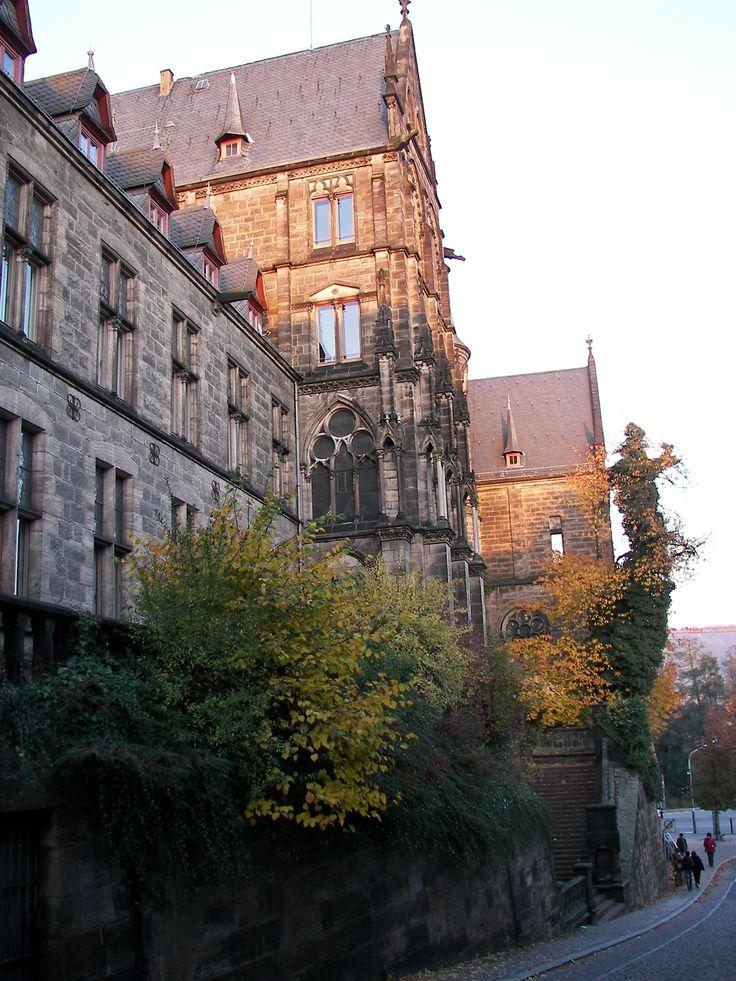 Philipps Universität-Marburg (University of Marburg). Hier habe ich Ost-Europäische Geschichte studiert...