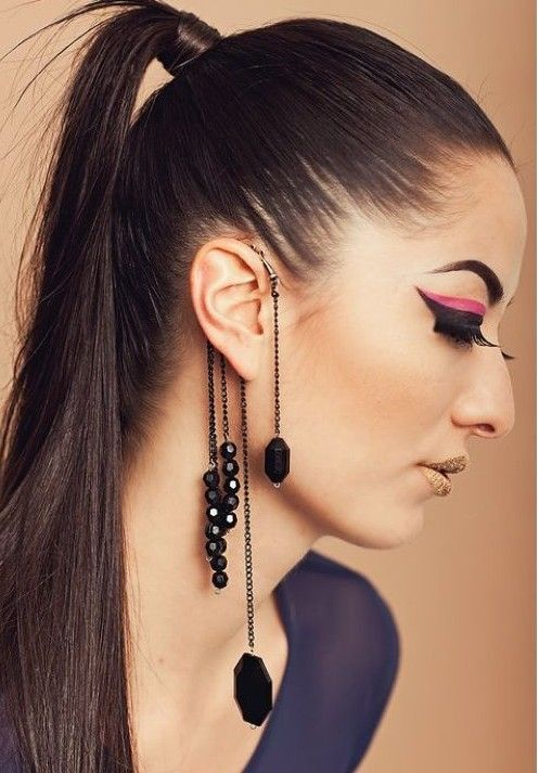 https://www.offthewallcreations.co.za/products/glam-rock-long-hook-earring-gold-silver?variant=35938458700