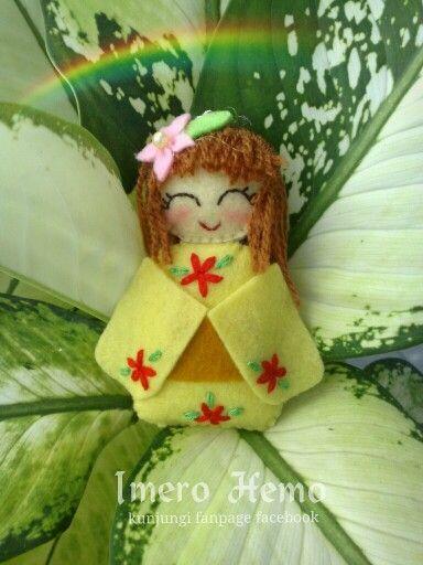 Kawaii yellow felt doll