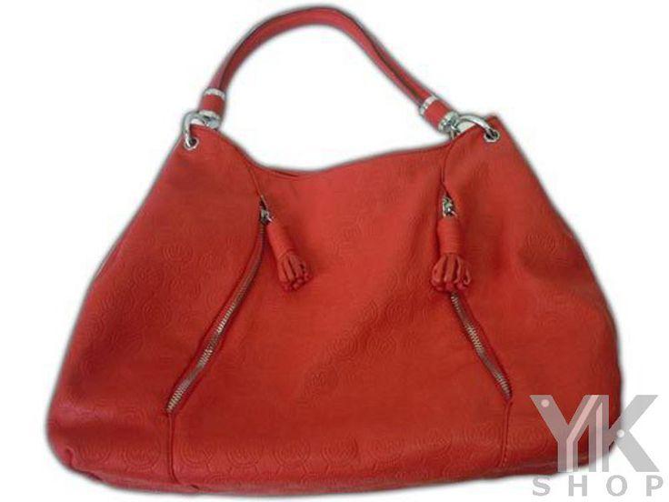 Rojo pasión, mira este Bolso de MK Rojo que tenemos para tí y muchos otros más, entra al album. Entrega Inmediata - Envío Gratis