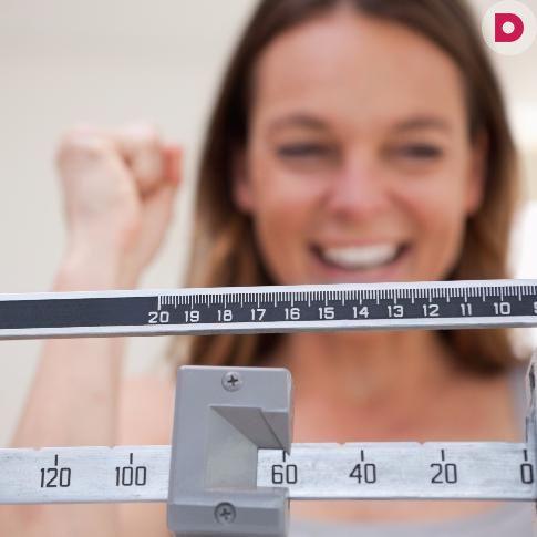 Никак не можете похудеть и все чаще задумываетесь о том, что  лучший способ сбросить лишние килограммы – просто перестать  есть? 20 суперэффективных диет от Domashniy.ru помогут вам  стать стройнее на 5–20 кг!