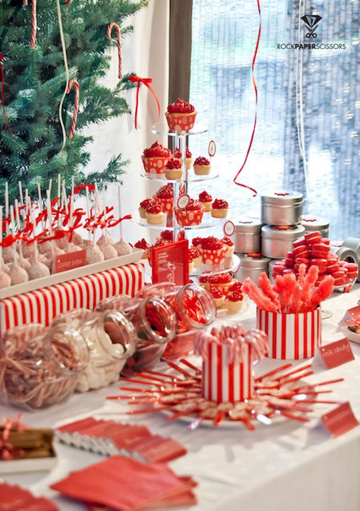 Adorable 25 Elegant Christmas Party Table Decorations
