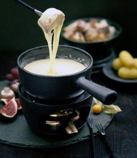 Schweizer Käsefondue - Rezepte - [LIVING AT HOME]
