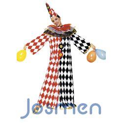 Disfraz Arlequín Tricolor: Arlequín es uno de los personajes clásicos de la comedia del arte que nació en el siglo XVI de origen italiano,y cuya tradición se remonta en el tiempo a la Edad Media. Vestía siempre igual, con un traje lleno de parches de colorines y llevaba una máscara negra de nariz respingona. Representaba a un criado bufón, astuto y muy avaro.  http://www.disfracesjosmen.es/211-disfraz-arlequin-tricolor.html