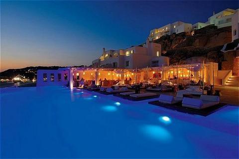World top 5 hotel pools in the world    1. Cavo Tagoo - Mykonos  2. Alder Dolomiti Spa & Sport Resort  3. Intercontinental - Hong Kong  4. Rio Calma - Fuerteventura  5. Rogner Bad Blumau - Steiermark