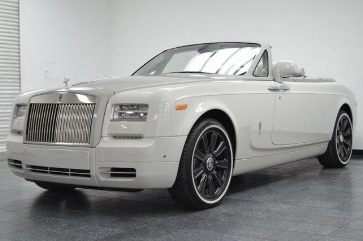 2017 Rolls-Royce PHANTOM DROPHEAD COUPE BASE Pictures - Auction Export