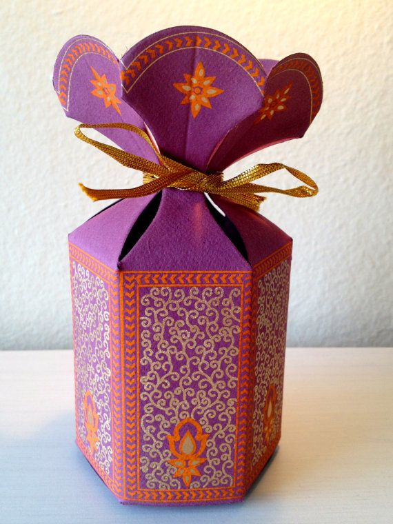 Favor Gift Box with Flower Top, Wedding Favor Box, Party ...