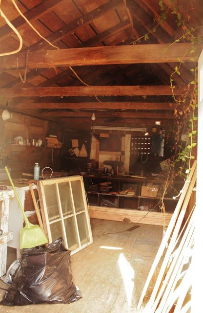 Hometalk :: An Old Farmhouse Shed Becomes a Cottage Style Guest Room #Farmhouse…