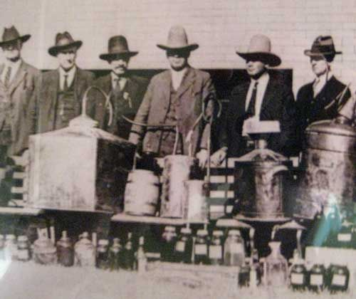 46 Best Images About Texas Moonshiners On Pinterest