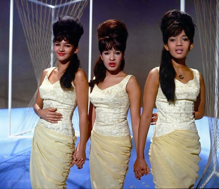 "theswinginsixties: "" The Ronettes """