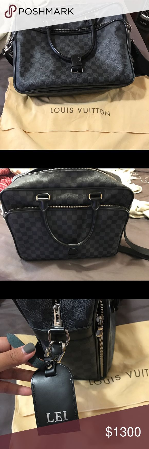 LV Messenger Bag Authentic Slightly used Louis Vuitton Bags Crossbody Bags