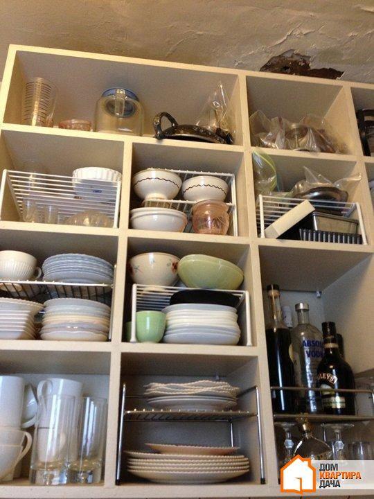 Эта небольшая кухня в тридцатиметровой квартире находится в Нью-Йорке. Хозяйка квартиры, Дженнифер, живет здесь уже тринадцать лет. Когда Дженнифер купила свою квартиру в здании в Вест-Виллидж в 2001 ...