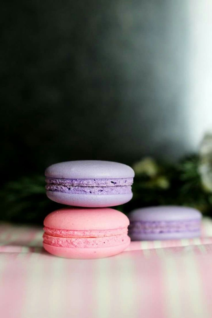 Macarons pink and violet