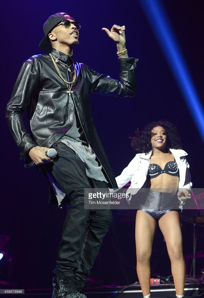 August Alsina performs in support of his 'Testimony' release at SAP Center on November 24, 2014 in San Jose, California.