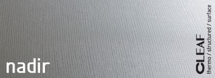 Projektanci Cleafa połączyli ze sobą geometryczne kształty, dała niebywały efekt w postaci struktury Cleaf Nadir. Na powierzchni płyty długie rzędy drobnych, wypukłych kwadratów, krzyżują się z kolumnami tych samych figur geometrycznych. Choć z pozoru zarówno kwadraty, jak i koncepcja ich rozkładu wydają się banalnie, to jednak głębokość struktury oraz sposób, w jaki płyta mieni się w świetle, potrafi uwieść wszystkie zmysły odbiorcy. więcej…