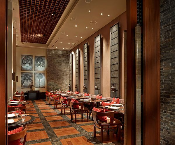 Private dining room collins social dinner the restaurant for Best private dining rooms miami