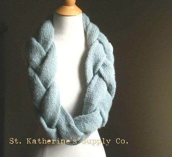 Knitting Patterns For Trendy Scarves : PDF Knitting Pattern - Norfjord Trendy Plaited Infinity Scarf