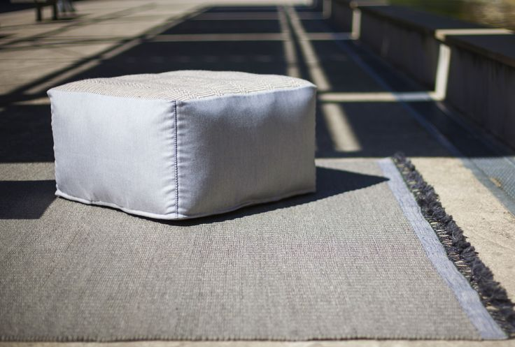 Quartett - Outdoor Handloom Carpet in polypropylene