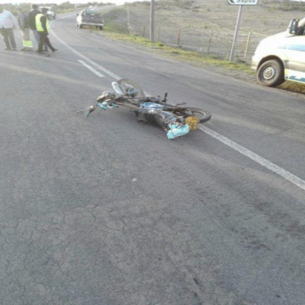 """O condutor de um motociclo faleceu quase três horas depois do acidente perto de Mértola, numa ambulância do INEM, depois de ter sido remetido para o Hospital de Beja """"sem necessidade de acompanhamento"""". O INEM defende que """"nada faria prever o desfecho que a situação teve"""". #bombeiros #castroverde #inem"""