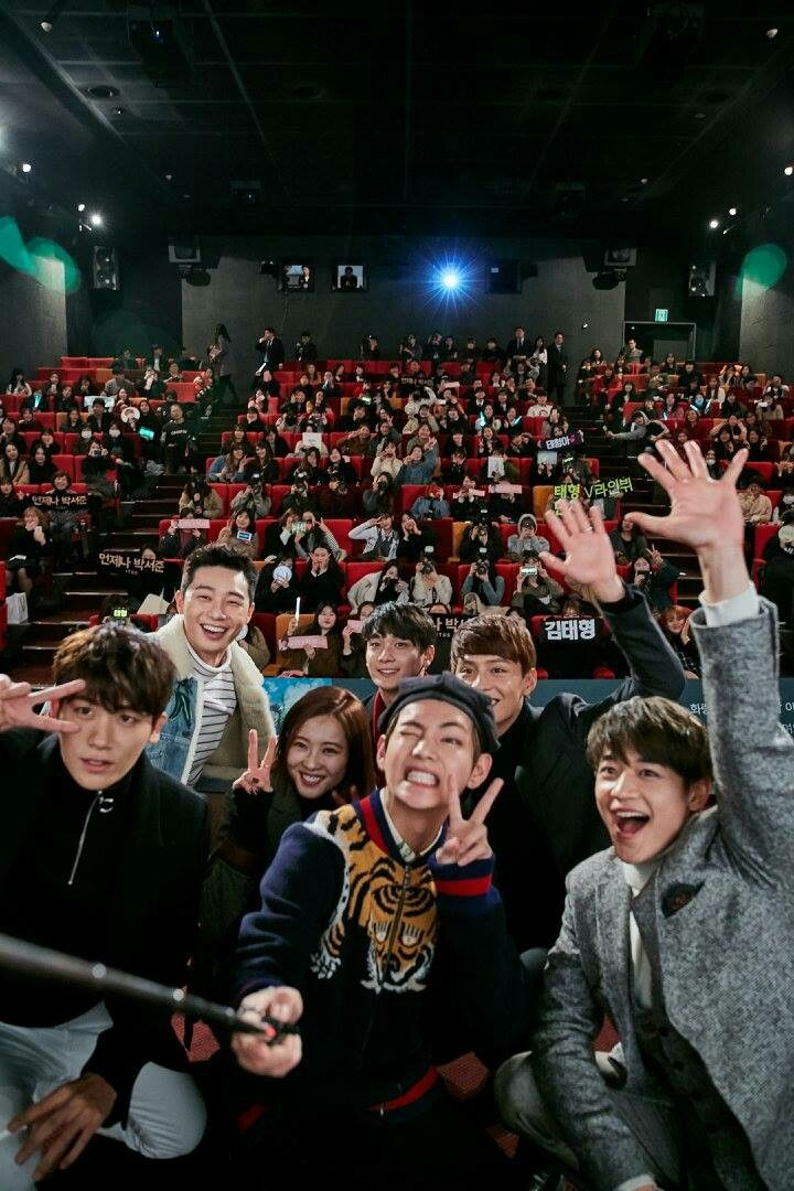Taehyung and the Hwarang cast ❤ At Hwarangs first night and live talk (161219) #BTS #방탄소년단