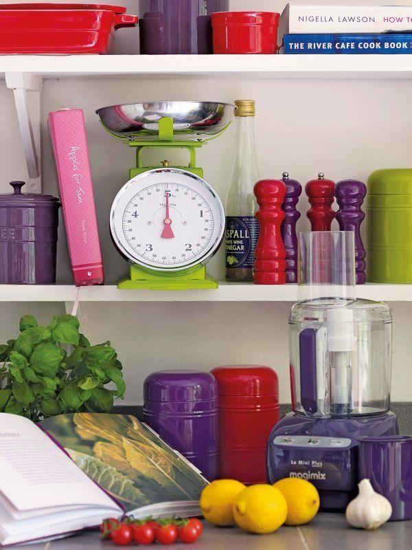 Интерьерный тренд: яркие кухни