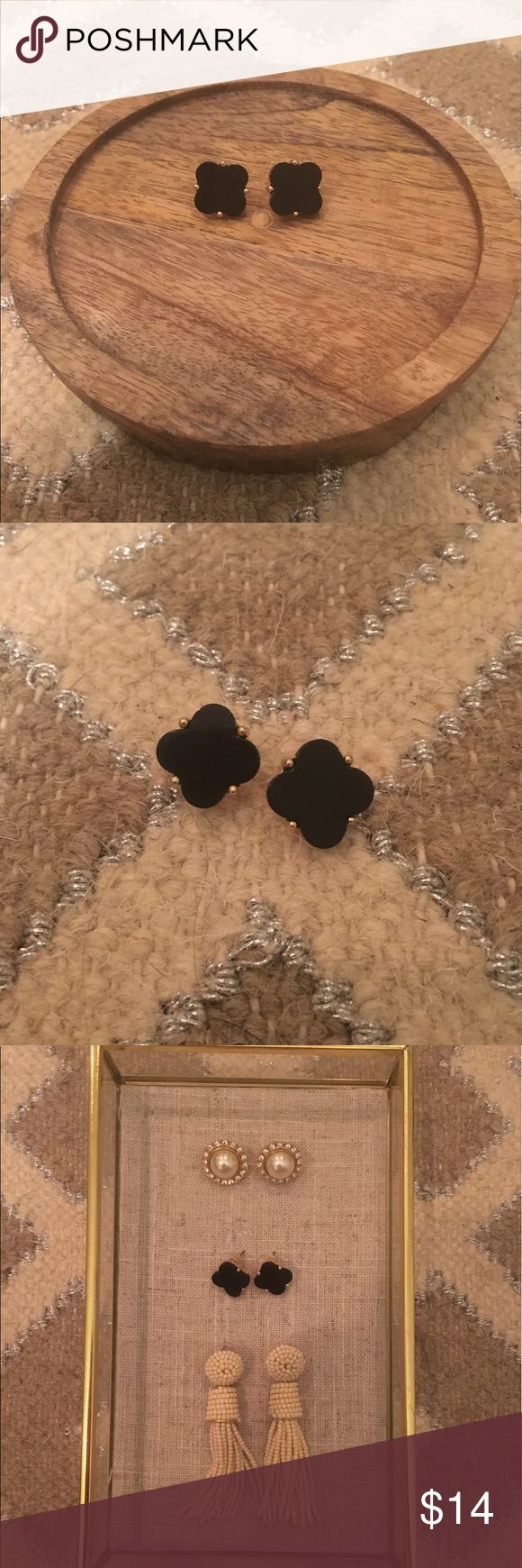 Beautiful black stud Earrings Brand new and never been worn before. Goes practically with anything and an easy way to make any outfit look cute! I have another pair that I wear all the time. So comfy! Kendra Scott Jewelry Earrings