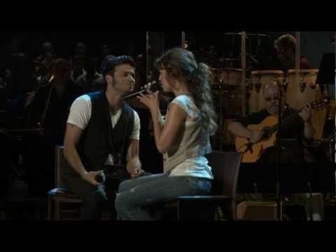 Thalia, Pedro Capó - Estoy Enamorado - YouTube