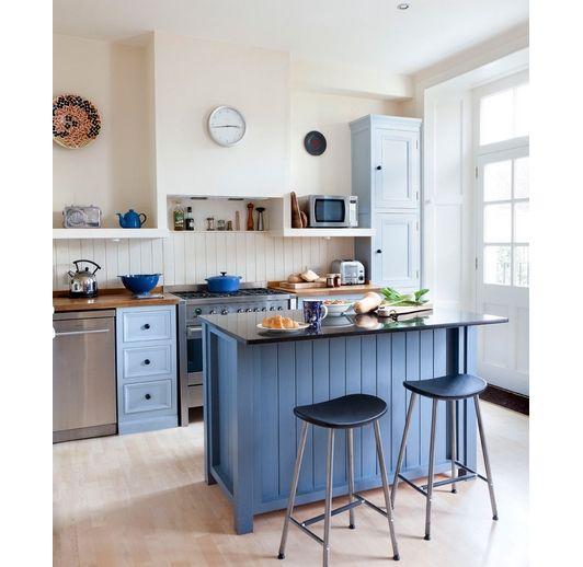 Robin's egg blue kitchen island - Home and Garden Design Idea's