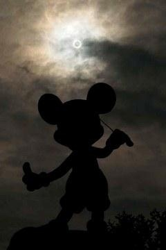 Mickey and solar eclipse