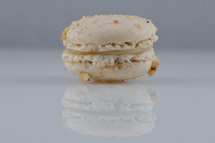 Macaron LUBO φουντούκι με κρέμα αρωματισμένη με λάιμ
