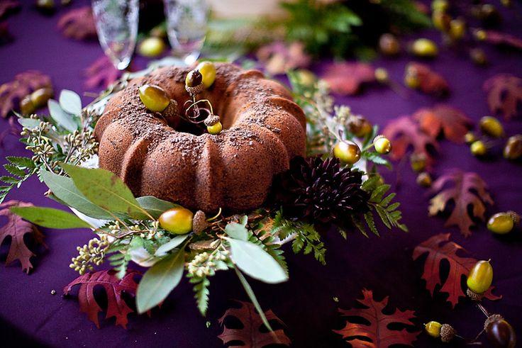 bundt cake fall wedding dessert 550x367 Inspiration: Fall Wedding Desserts