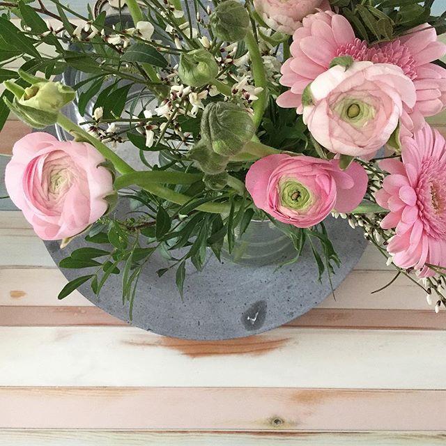 Prachtige bloemen van @dunnikroelie gekregen!